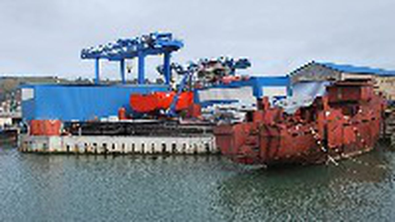 10822_1357900634_chantier-naval.jpg