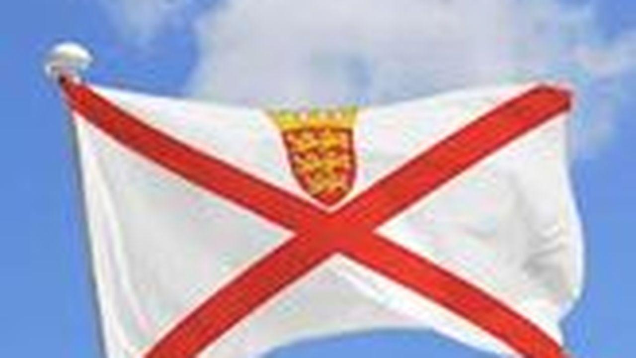 18521_1390224552_capture-drapeau-jersey.JPG