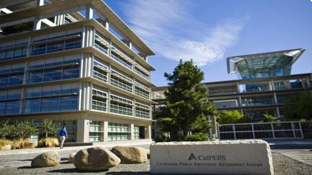 28054_1435933852_capture-calpers.JPG