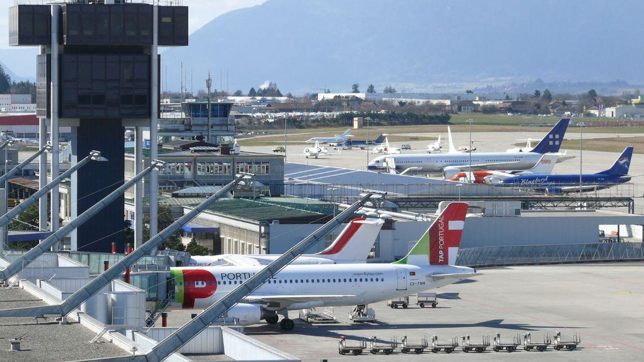 Priora FM (crédit aeroport de Geneve).JPG
