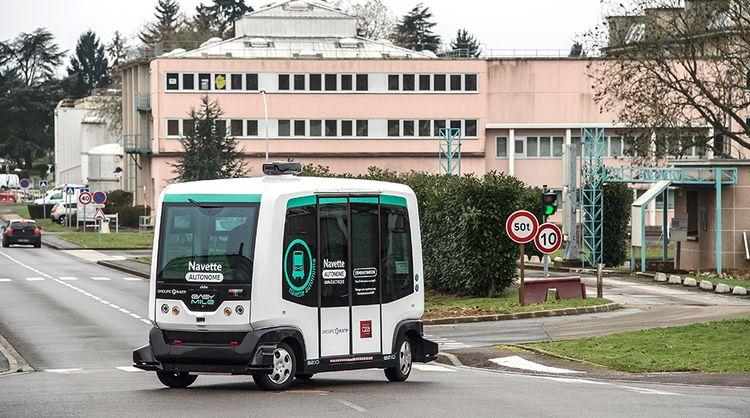 La RATP teste deux navettes autonomes sur circuit « mixte »