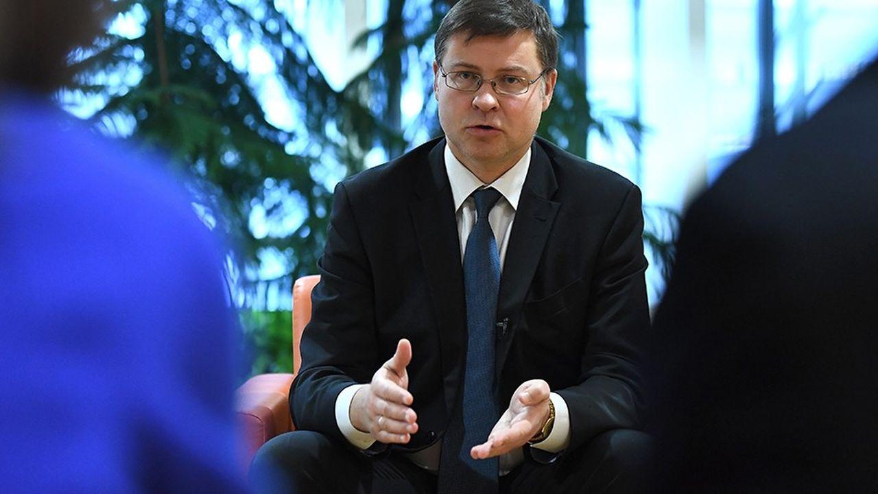 2167332_valdis-dombrovskis-leurope-doit-vite-avancer-vers-plus-de-partage-du-risque-bancaire-web-tete-0301530062633.jpg
