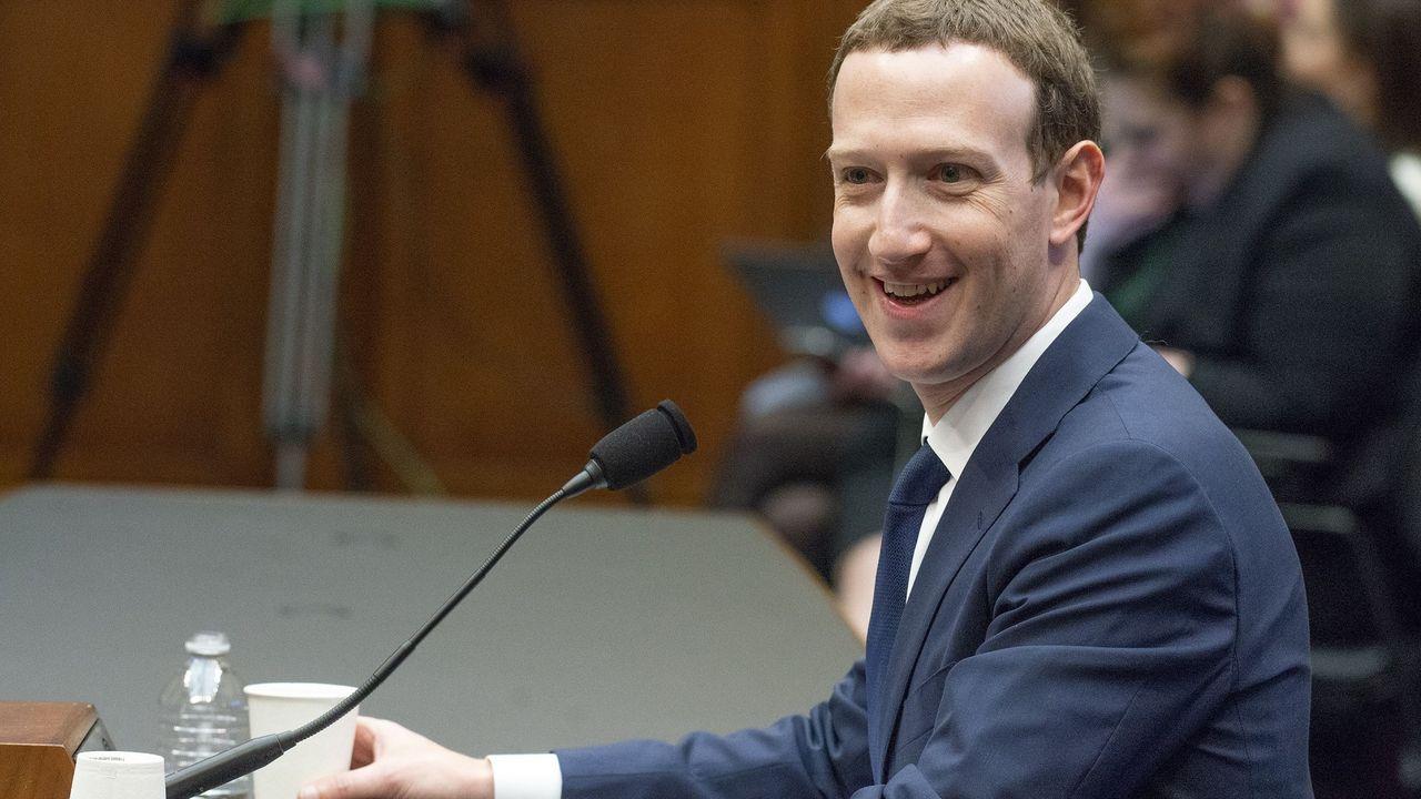 Affaire Facebook : l'ado en costume peine à convaincre
