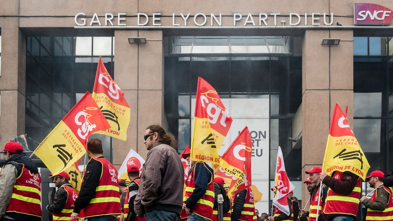 2173618_sncf-billevesees-fariboles-balivernes-et-baratin-des-syndicats-182432-1.jpg