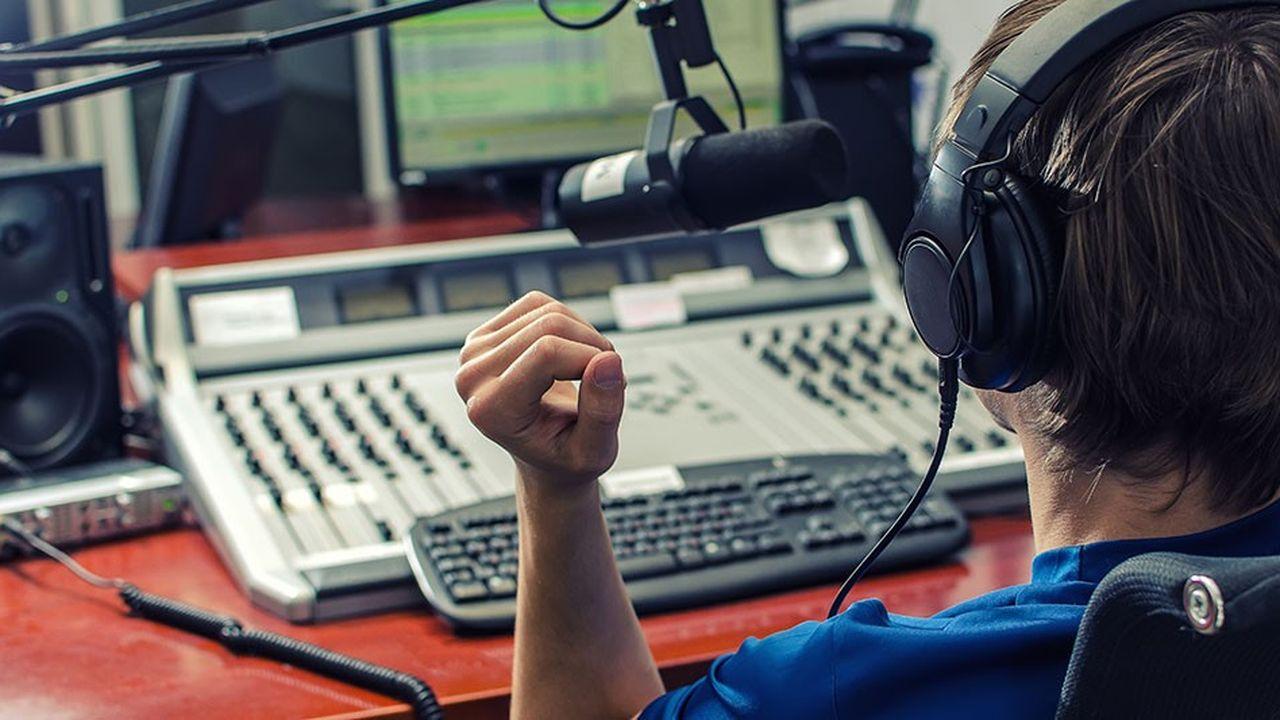 Les radios indépendantes et locales intensifient leur travail de lobbying auprès du gouvernement et du législateur.