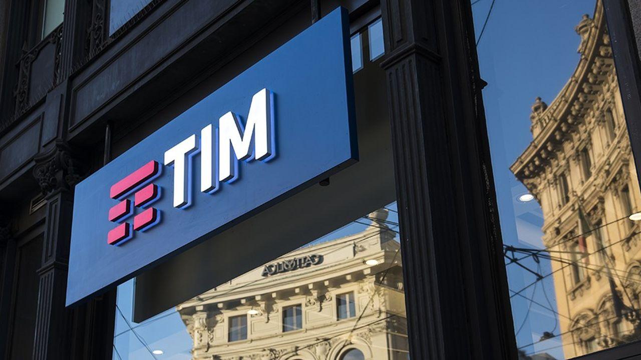 Telecom Italia, l'ancien opérateur public, détient aujourd'hui 57% du marché du fixe, mais seulement un tiers du marché mobile.