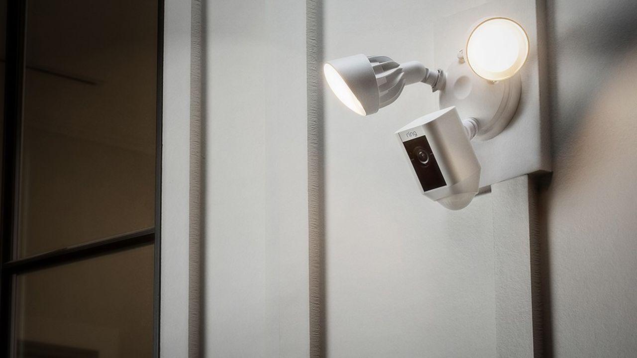 Les géants du numérique lorgnent le marché de la caméra pour la maison