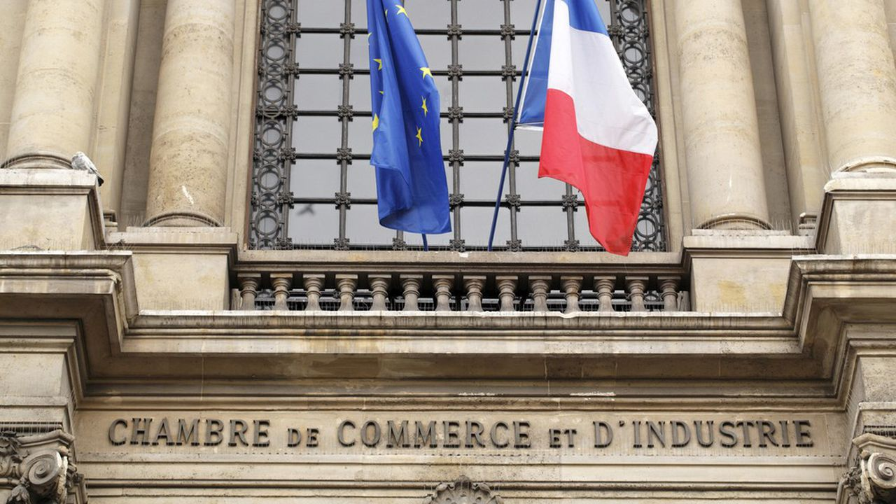 Bruno Le Maire veut supprimer la taxe pour frais de chambres qui finance les CCI.