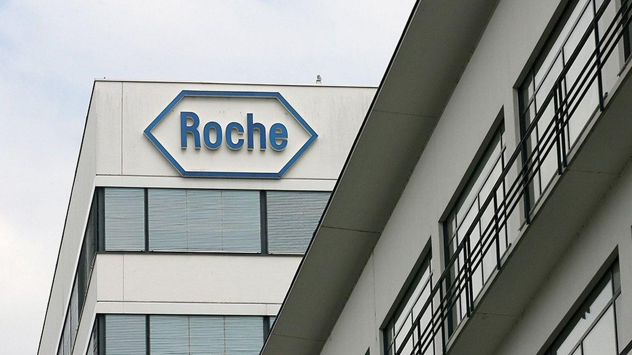 Chez Roche France, les actions en faveur des salariés atteints de maladie chronique sont pilotées par la direction des ressources humaines, en collaboration avec le département de la communication interne, le pôle rémunération et avantages sociaux, et le CHSCT.