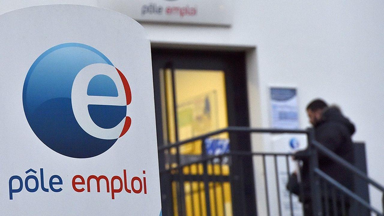 Emmanuel Macron a promis 15milliards d'euros pour former un million de jeunes et autant de chômeurs sans qualification.