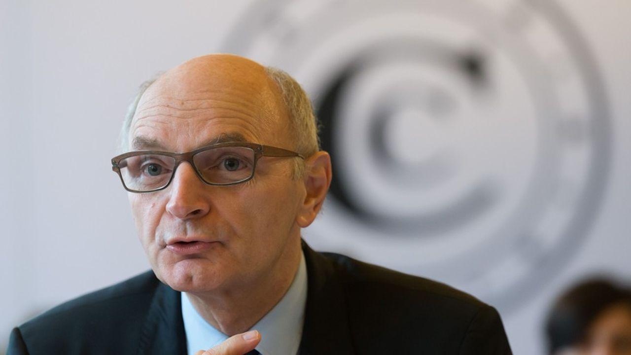 Didier Migaud, le premier président de la Cour des comptes, appelle le gouvernement à clarifier son plan d'économies.