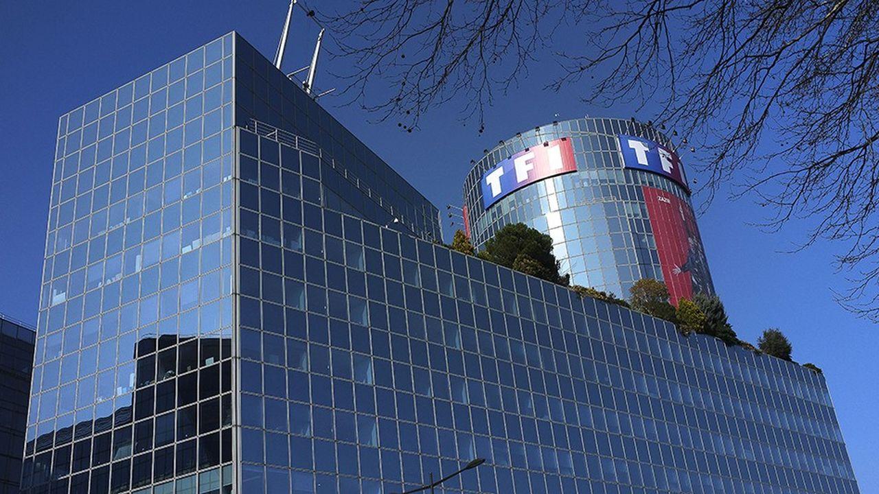 TF1 doit encore signer avec le bouquet des offres Canal (ex CanalSat) pour mettre fin à la guerre avec les distributeurs.