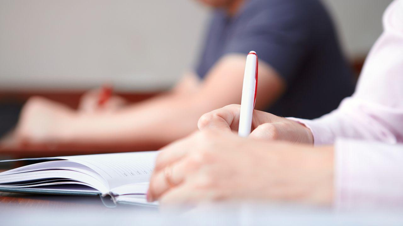 Grandes écoles : faut-il supprimer les classes préparatoires ?