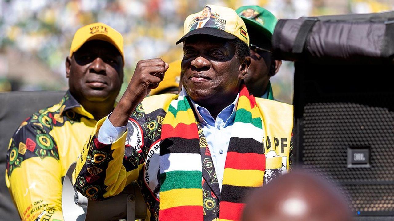 Surnommé le Crocodile pour sa patience et sa férocité, le chef de l'Etat du Zimbabwe, Emmerson Mnangagwa, a revendiqué la victoire, contestée par son rival.