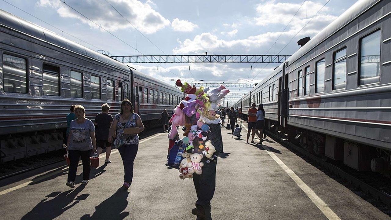 2195781_en-russie-les-trains-ne-seront-plus-cales-sur-lheure-de-moscou-web-tete-0302062331469.jpg