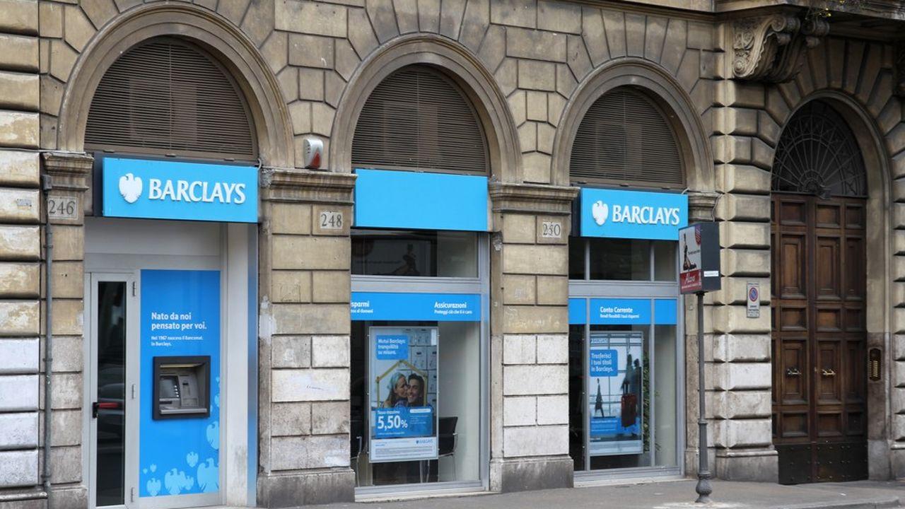 Sur les six premiers mois, Barclays a dégagé un résultat net de 468millions de livres sterling contre une perte de 1,2milliard sur la même période un an plus tôt.