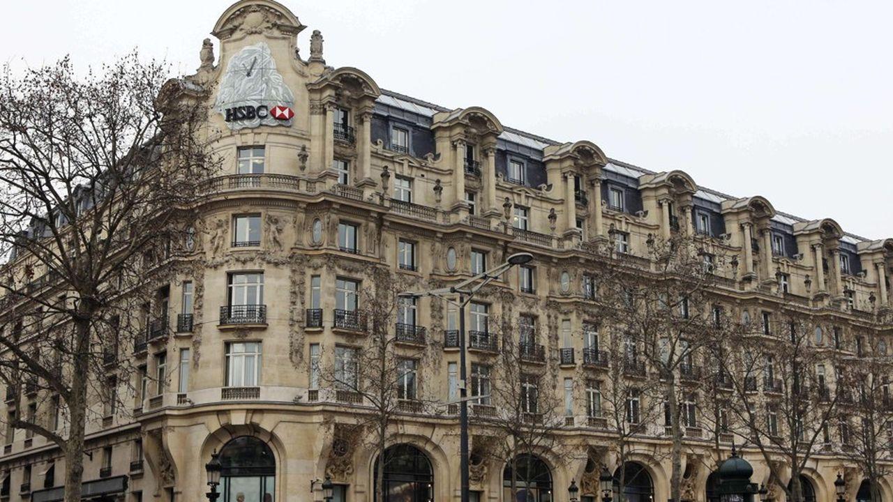 La filiale d'HSBC en France qui devait déjà accueillir près de 1.000 salariés d'HSBC de Londres, se voit rattacher la quasi-totalité des activités d'HSBC sur le Vieux Continent.