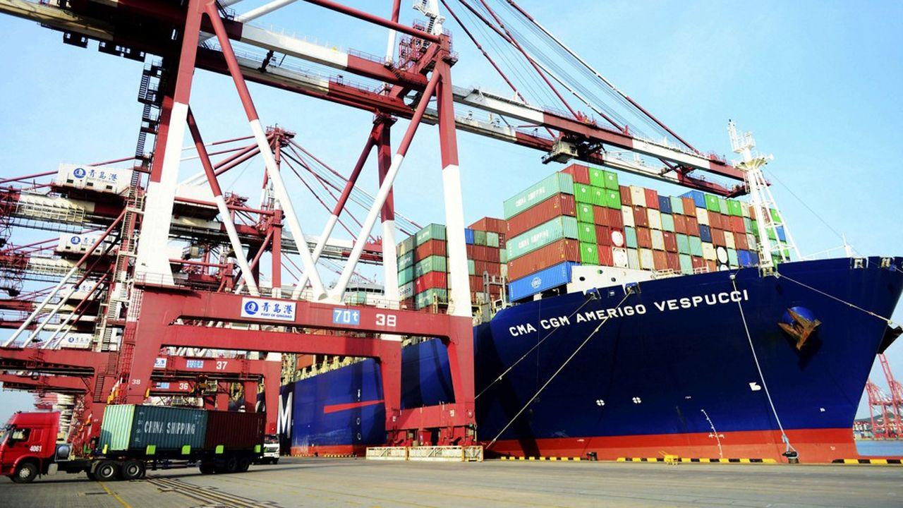 Les exportations totales de la Chine ont progressé de plus de 12% mais ses importations se sont envolées de plus de 27%. L'excédent commercial chinois total a fondu de près d'un tiers en juillet