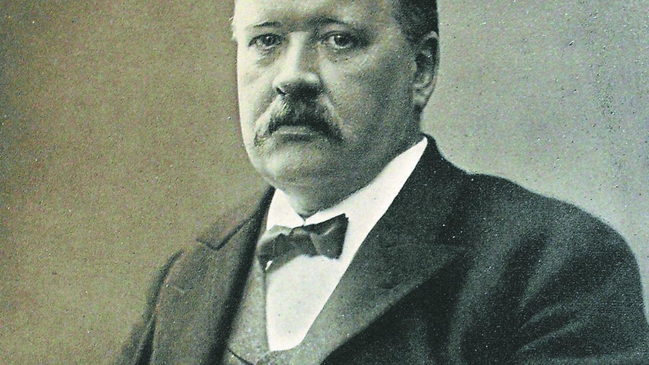 Les travaux de Svante Arrhenius sur la dissociation électrolytique lui vaudront, en 1903, de devenir le premier Suédois à se voir décerner le prix Nobel.