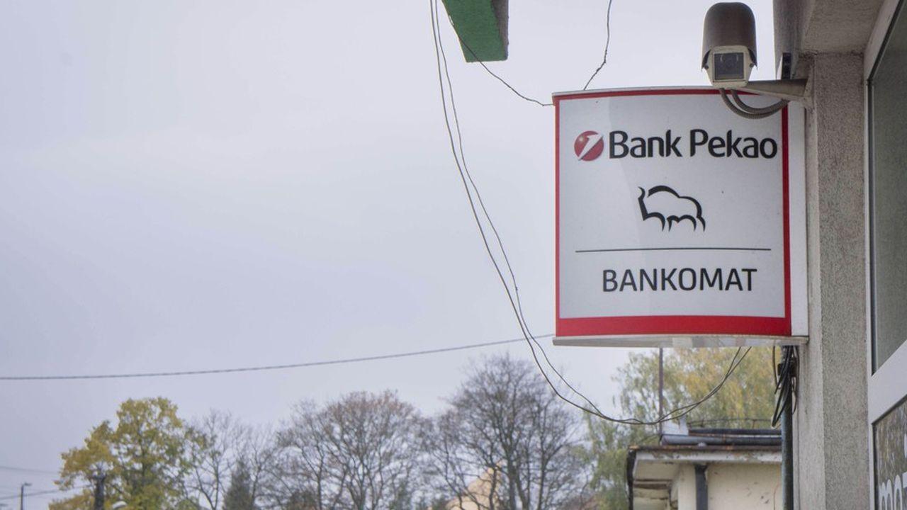 Les deux établissements bancaires polonais Bank Pekao et Alior Bank ont annoncé mardi soir qu'ils renonçaient à fusionner.
