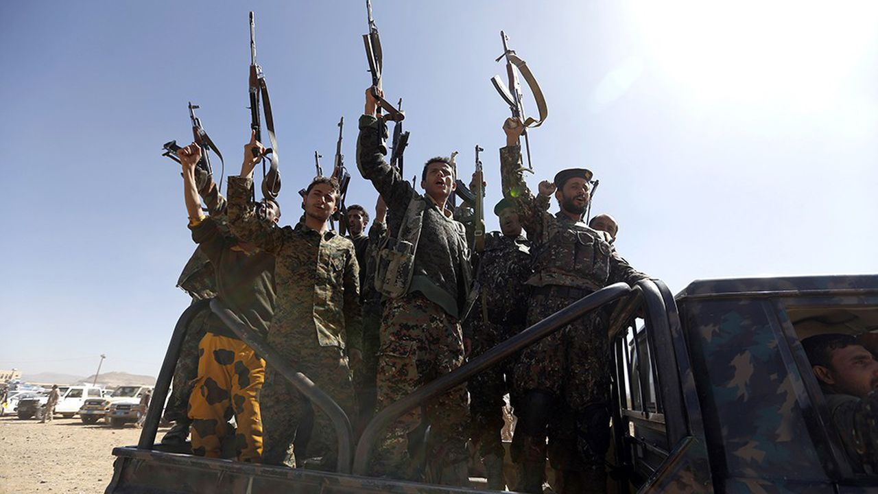 Les miliciens Houthis ont pris pour cible deux pétroliers saoudiens alors qu'ils traversaient le détroit Bab el Mandeb qui sépare Djibouti et le Yémen et relie la mer Rouge au golfe d'Aden. - AFP/Mohammed HUWAIS