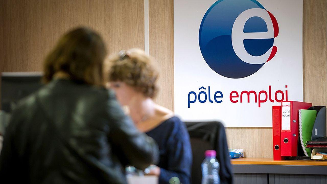 L'économie française continue donc de créer des emplois, mais pas à un rythme suffisant pour dépasser la hausse de la population active et, ainsi, faire reculer le chômage.