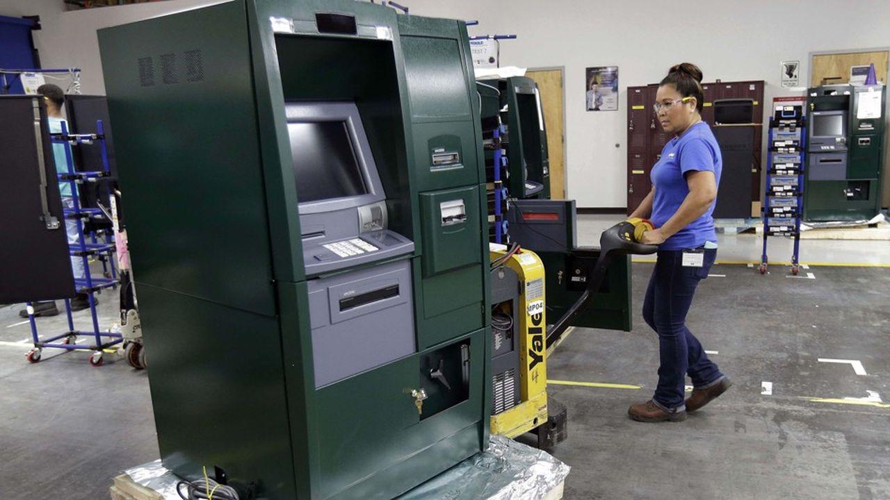 Confrontés à l'évolution des modes de paiements, les fabricants de distributeurs de billets ont vu leurs modèles économiques chamboulés ces dernières années.