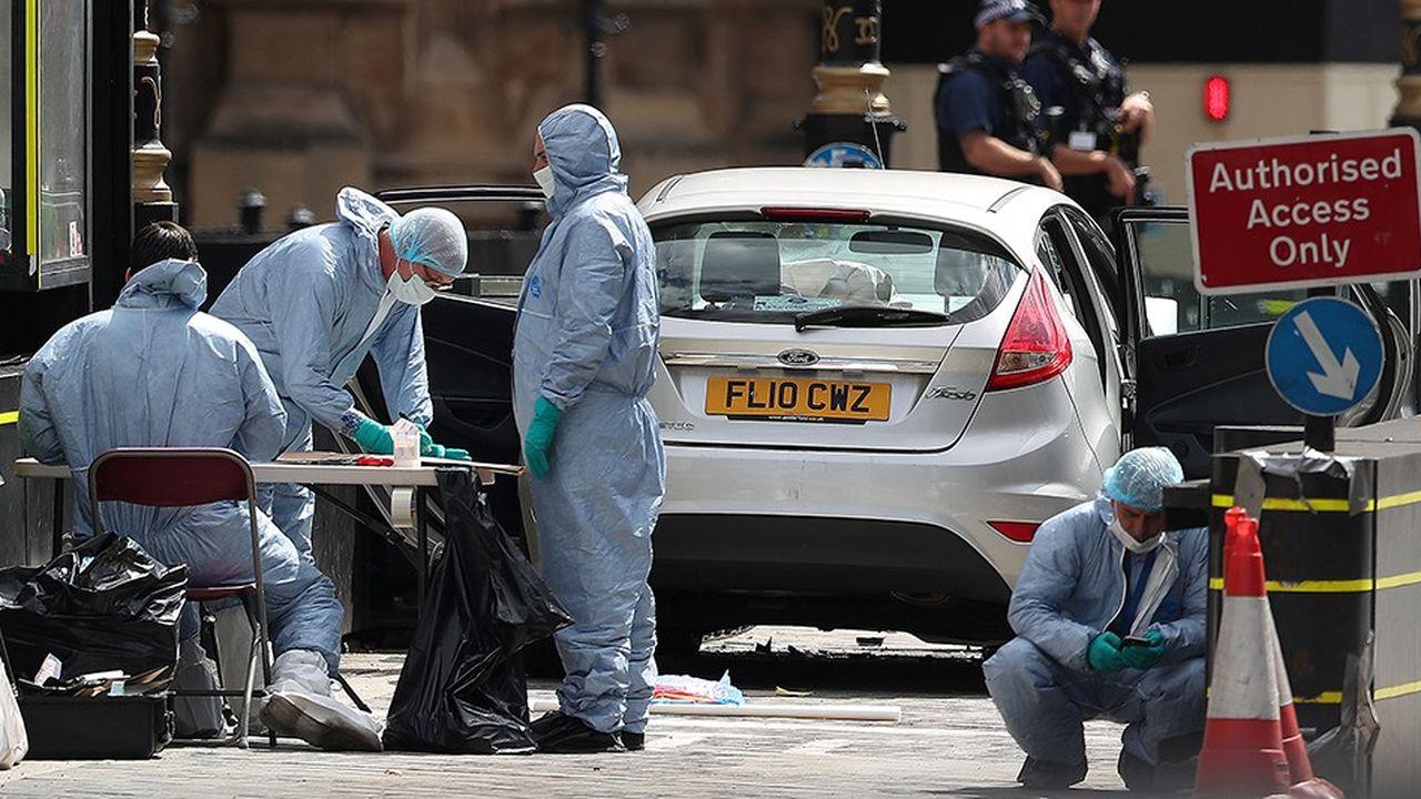 Le 14août dernier, à Londres, une voiture fonçait dans la foule, blessant légèrement plusieurs personnes près de Westminster. Un attentat considéré comme terroriste, un an après une attaque également près du Parlement britannique au cours de laquelle cinq personnes ont perdu la vie.