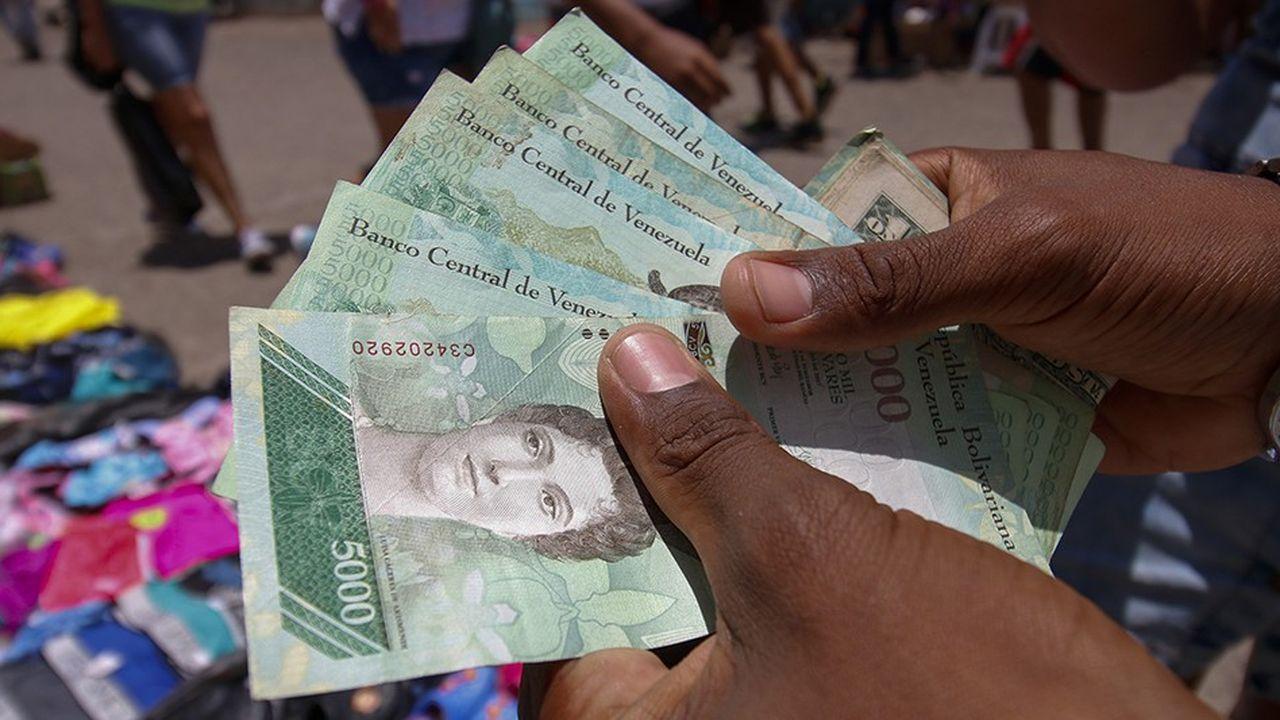 Nicolás Maduro mise sur un choc psychologique pour tourner la page de l'hyperinflation avec ces nouveaux billets de banque.