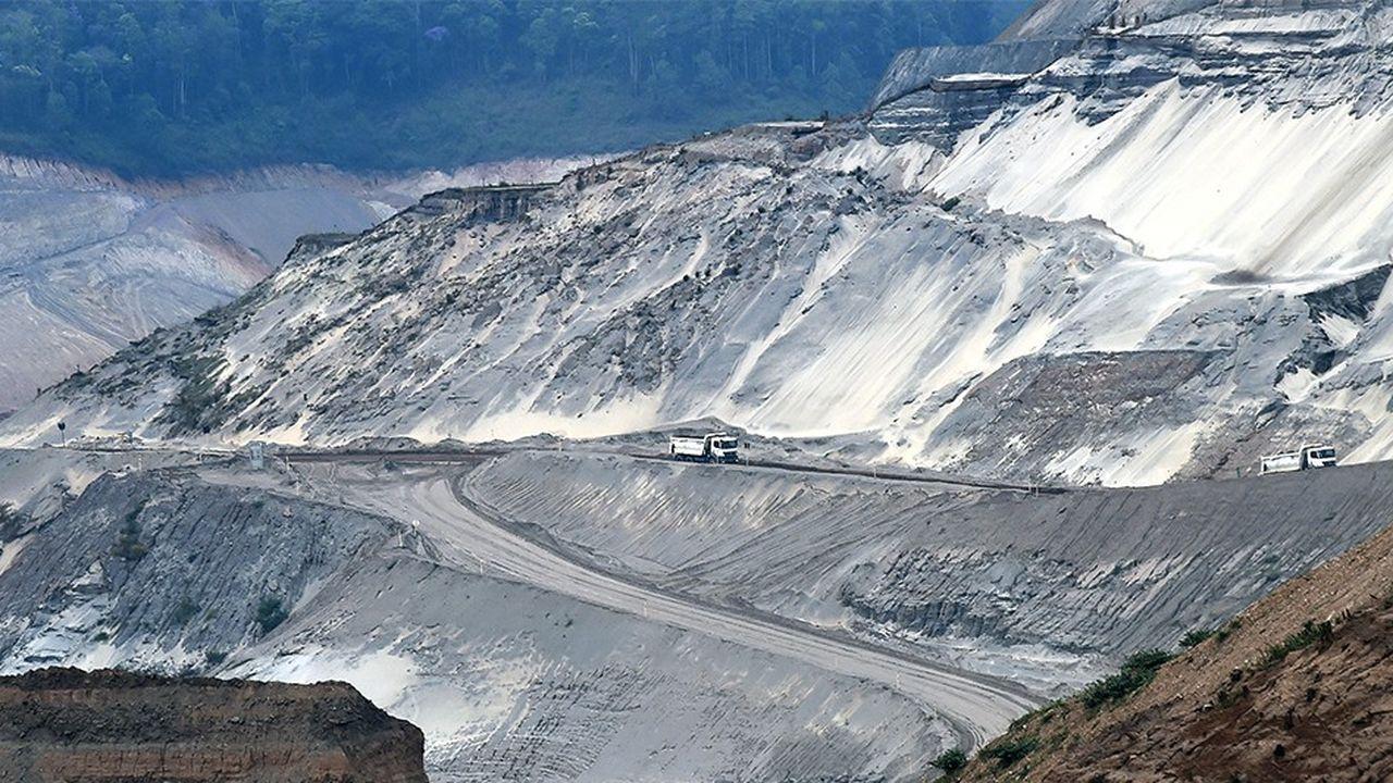 Barrage de Fundao, vue des déchets de minerai de fer de Samarco à Mariana, dans l'Etat du Minas Gerais, au Brésil (23octobre 2017).
