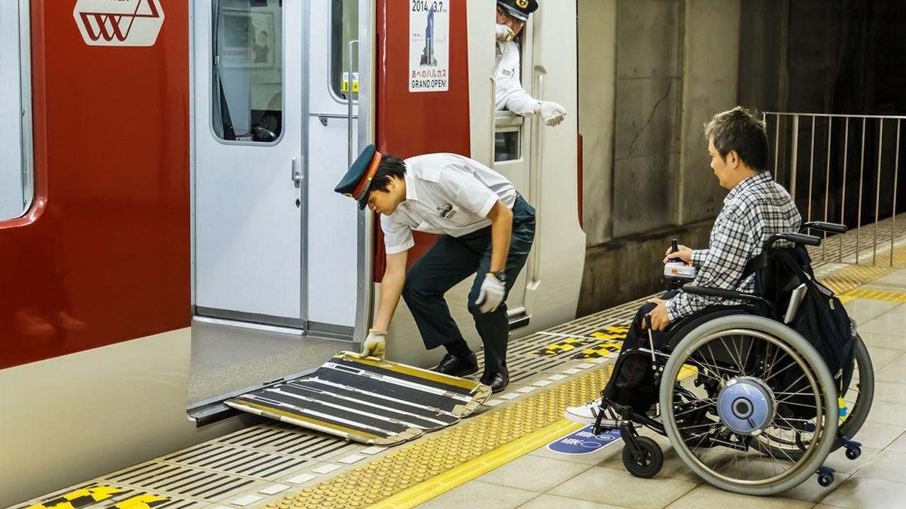 De nombreux ministères ont sciemment gonflé leurs ratios de salariés handicapés pour respecter les quotas légaux.