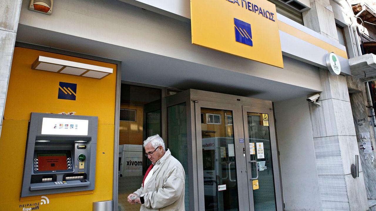 2201565_les-banques-grecques-encore-loin-dun-retour-a-la-normale-web-tete-0302195615490.jpg