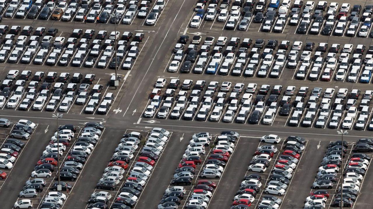 Jusqu'à maintenant la filière automobile françaisetablait sur une progression du marché de 3% cette année.