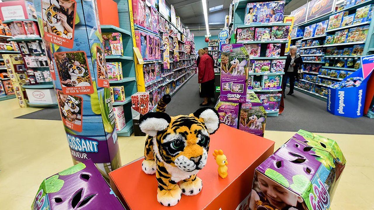 2201869_les-fabricants-de-jouets-dans-le-brouillard-pour-noel-web-tete-0302196397353.jpg