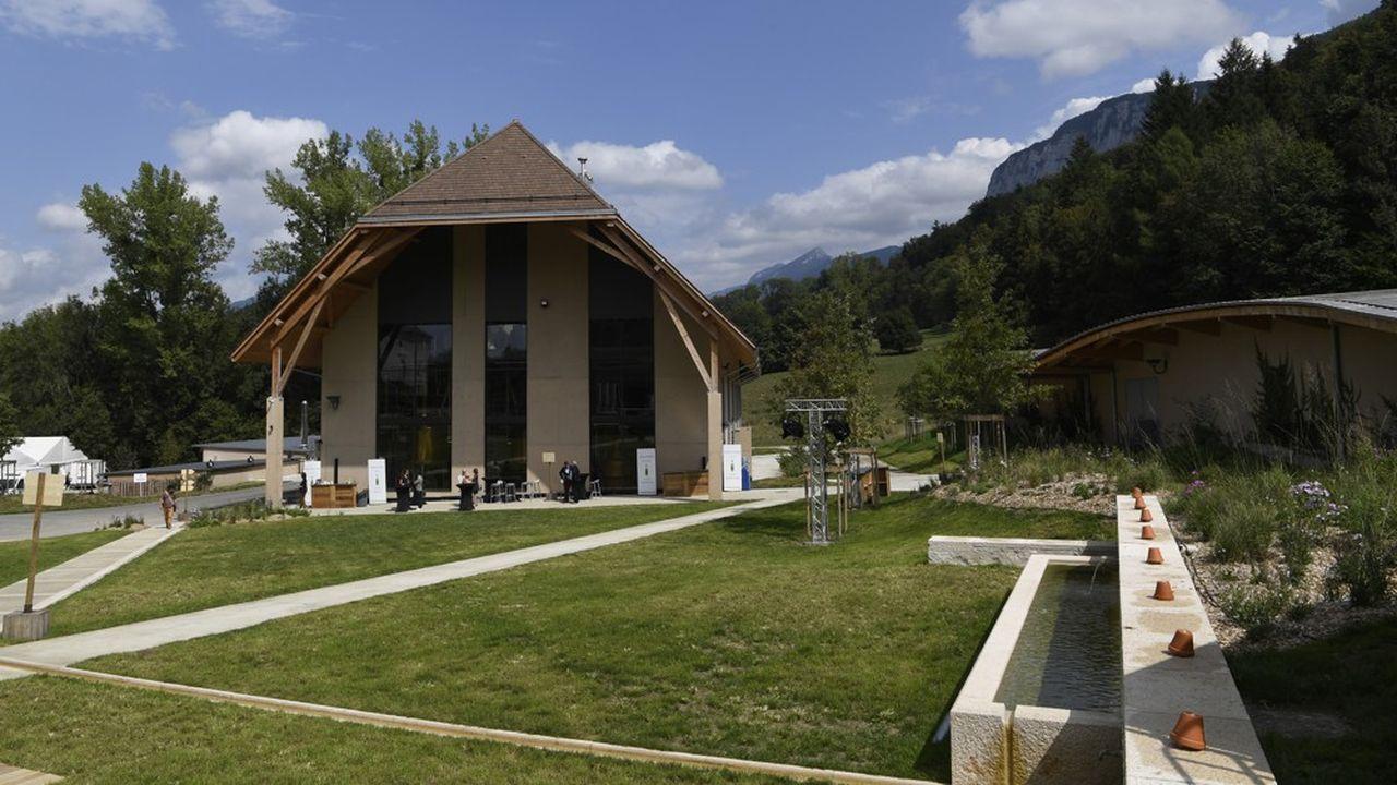 La nouvelle distillerie se situe à Aiguenoire, hameau de la petite commune d'Entre-Deux-Guiers