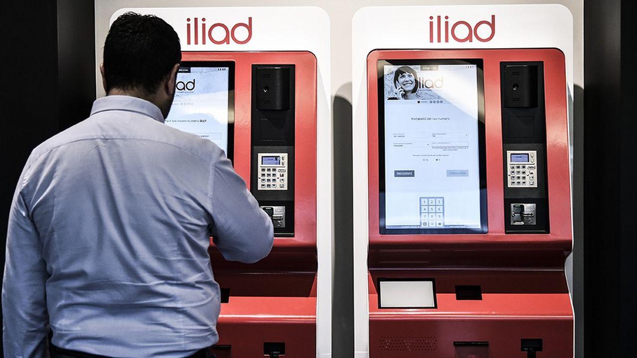 Iliad commercialise ses forfaits sur quelque 500.000 bornes automatiques disséminées dans le pays.