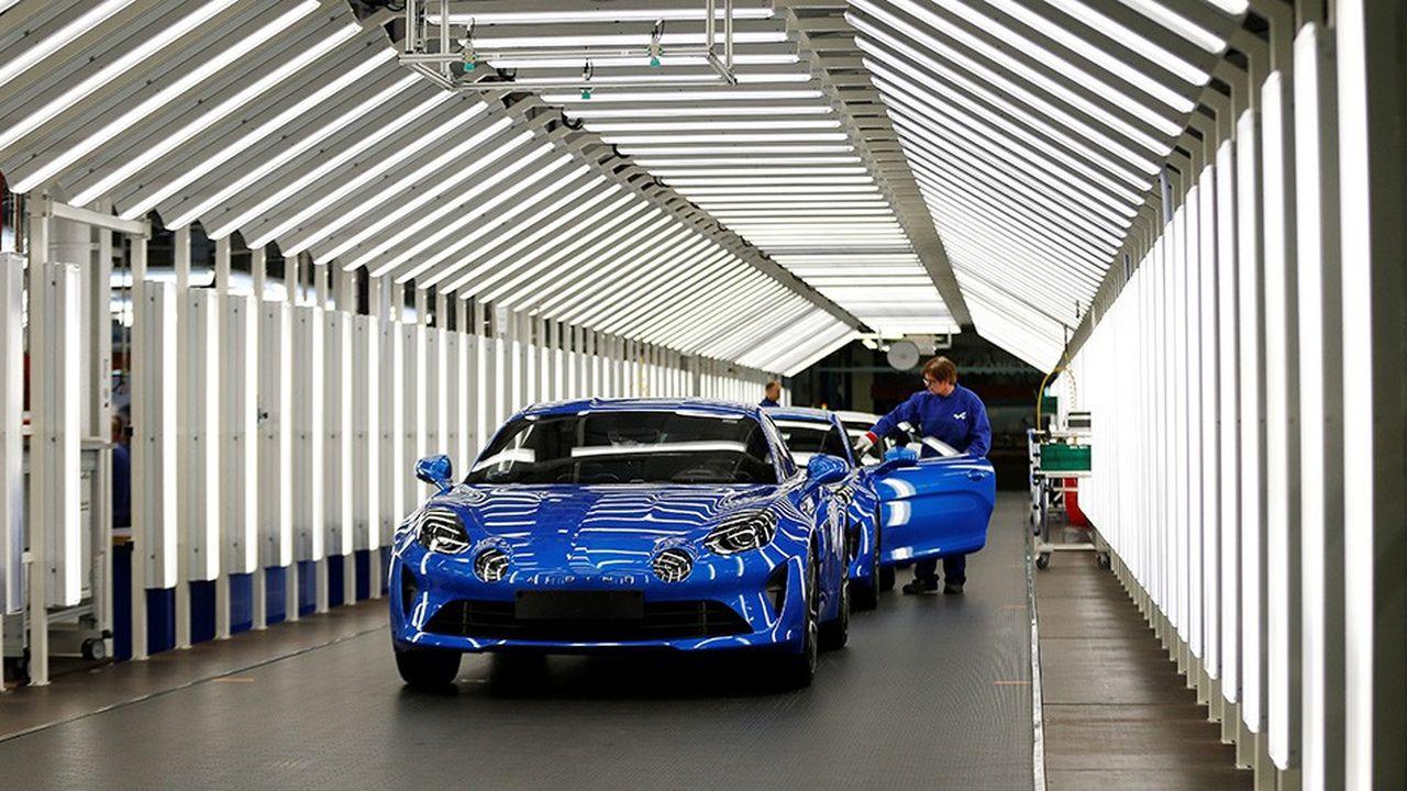 La marque Alpine déploie un réseau de 57 concessionnaires en Europe (20 en France) et 14 au Japon.