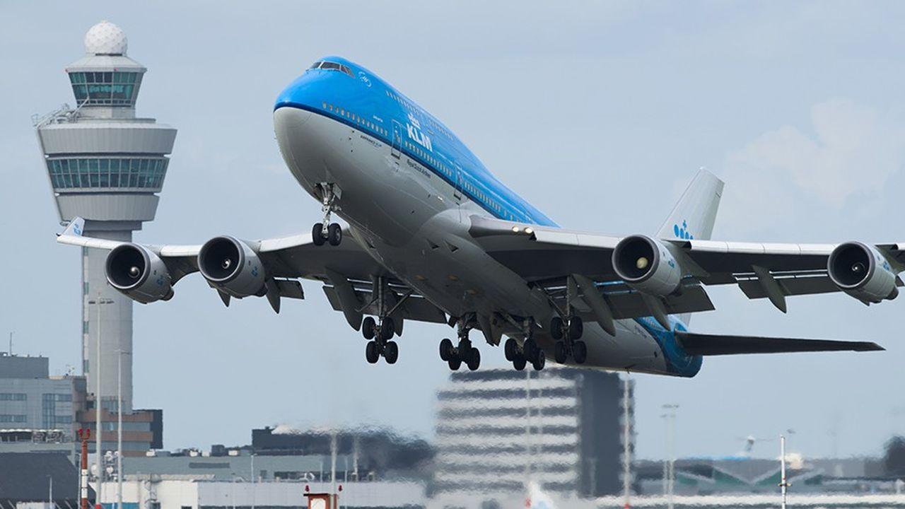 L'augmentation des salaires des pilotes de KLM, exagérément grossie, a réveillé la polémique chez Air France.
