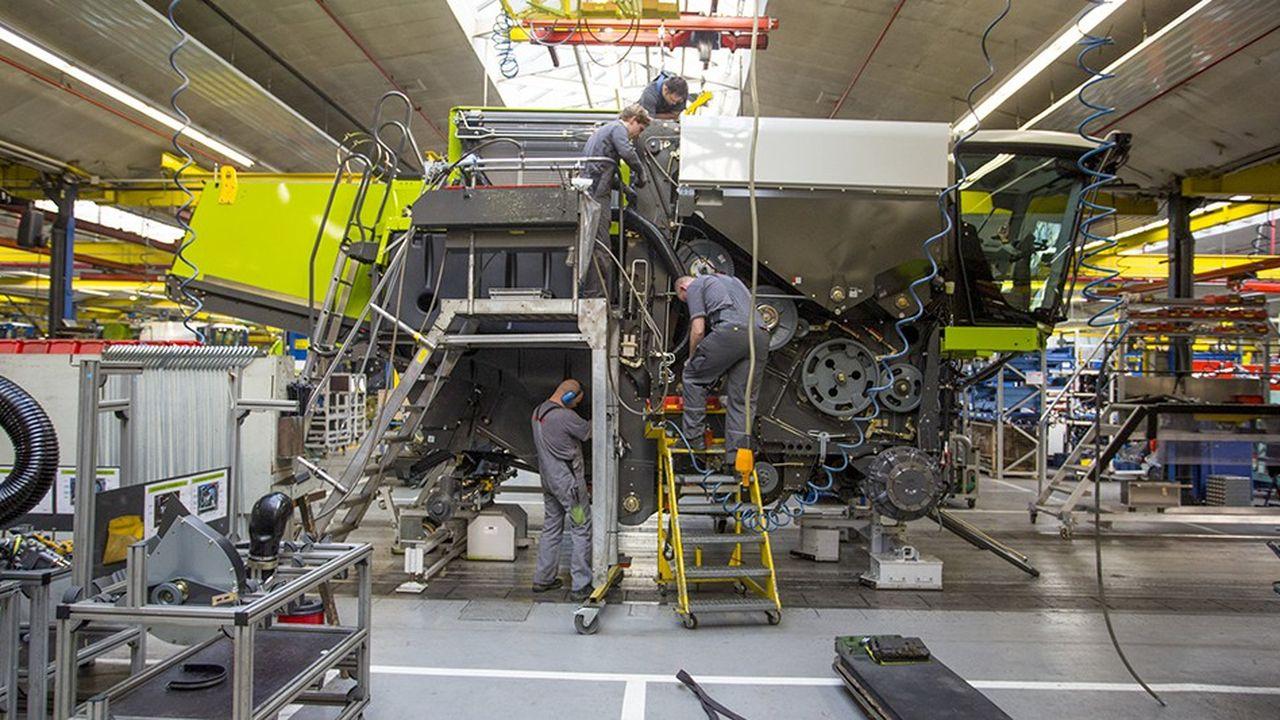 De ses 33.000 mètres carrés d'ateliers sortent chaque année entre 2.500 et 3.000 machines destinées à l'Europe entière, à l'Asie, à l'Afrique, aux Etats-Unis ou à l'Océanie.