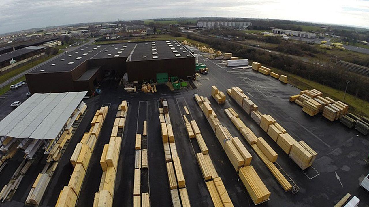 Le fabricant de charpentes en bois, implanté à Pacé en Ille-et-Vilaine, est propriétaire de 11 sites industriels.