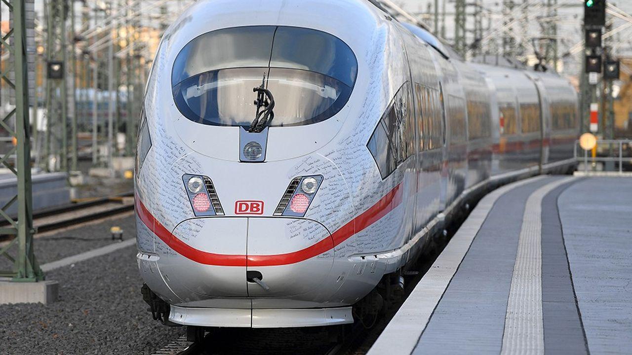 La dette de la compagnie ferroviaire allemande, établie à 18,6milliards d'euros en 2017, a grimpé à 19,7milliards d'euros au premier semestre 2018.