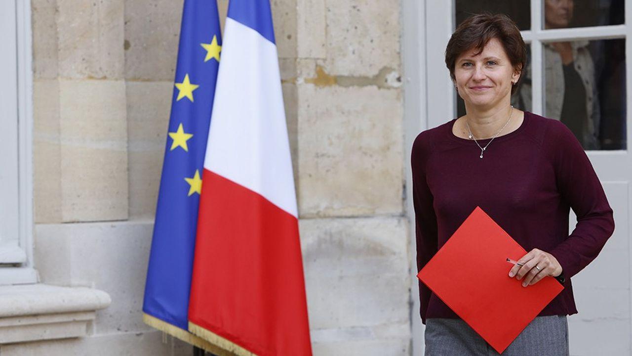 La nouvelle ministre des Sports Roxana Maracineanu était reçue à Matignon par le Premier ministre après la polémique sur les possibles suppressions de postes dans le monde du sport.