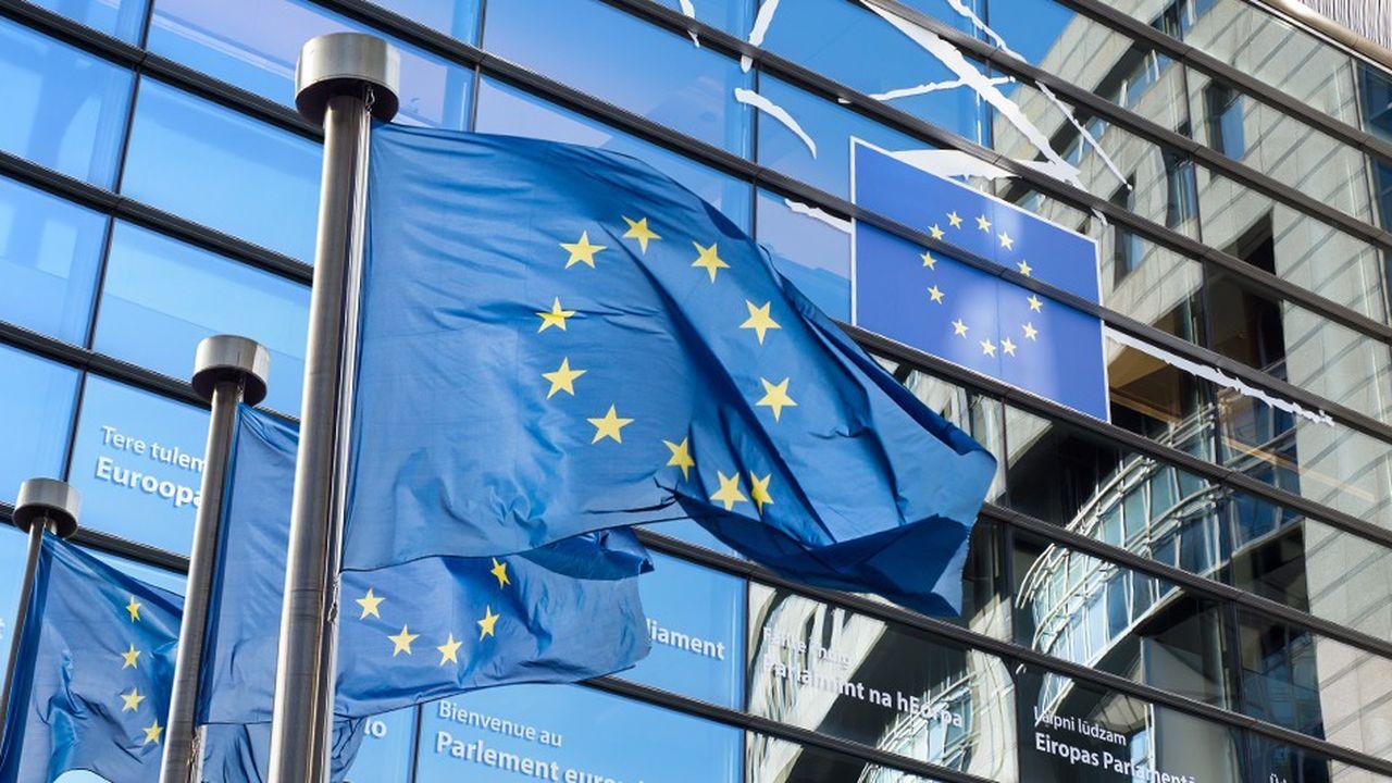 2204014_des-economistes-militent-pour-de-nouvelles-regles-budgetaires-europeennes-web-tete-0302234678307.jpg
