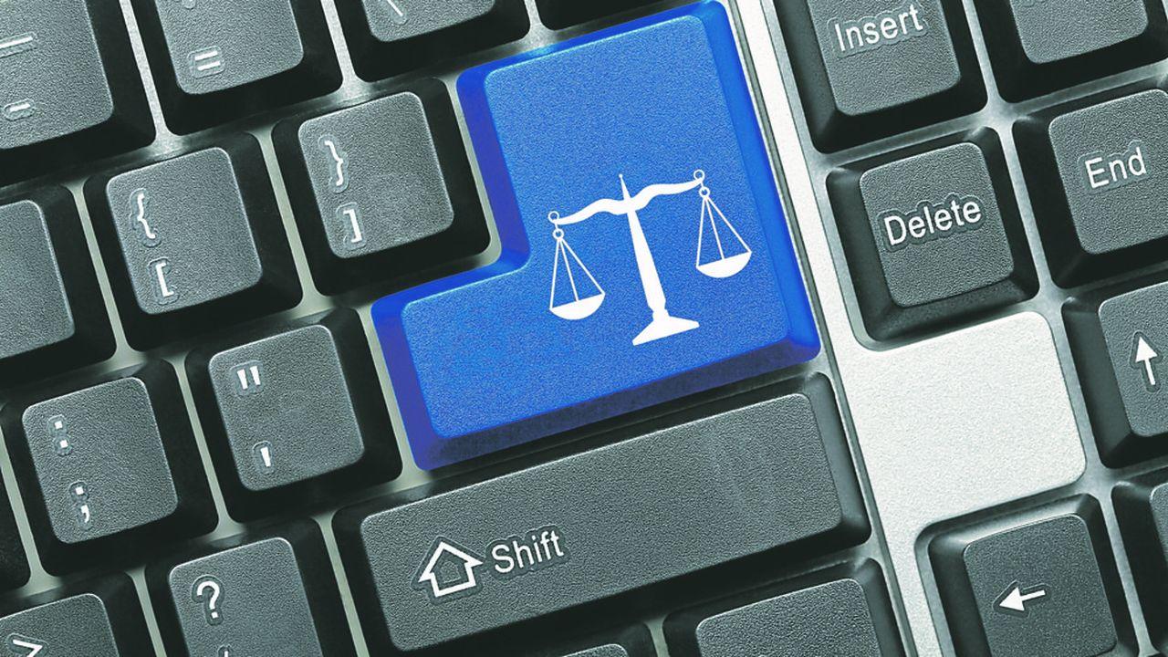 La dématérialisation des procédures constitue un enjeu fort du projet de loi visant à simplifier et à rendre la justice plus efficace. Une démarche à laquelle magistrats et avocats sont largement rompus en Italie.