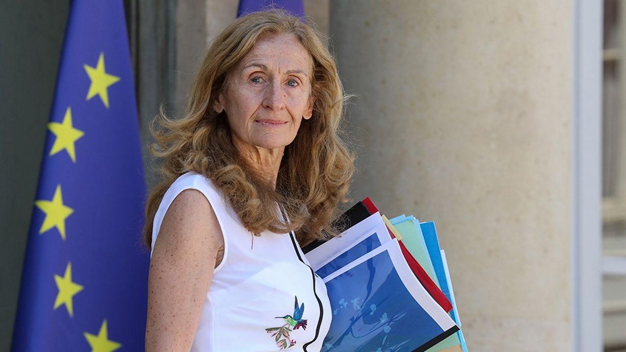 Nicole Belloubet, la ministre de la Justice, engage le chantier de construction de nouvelles places de prison.