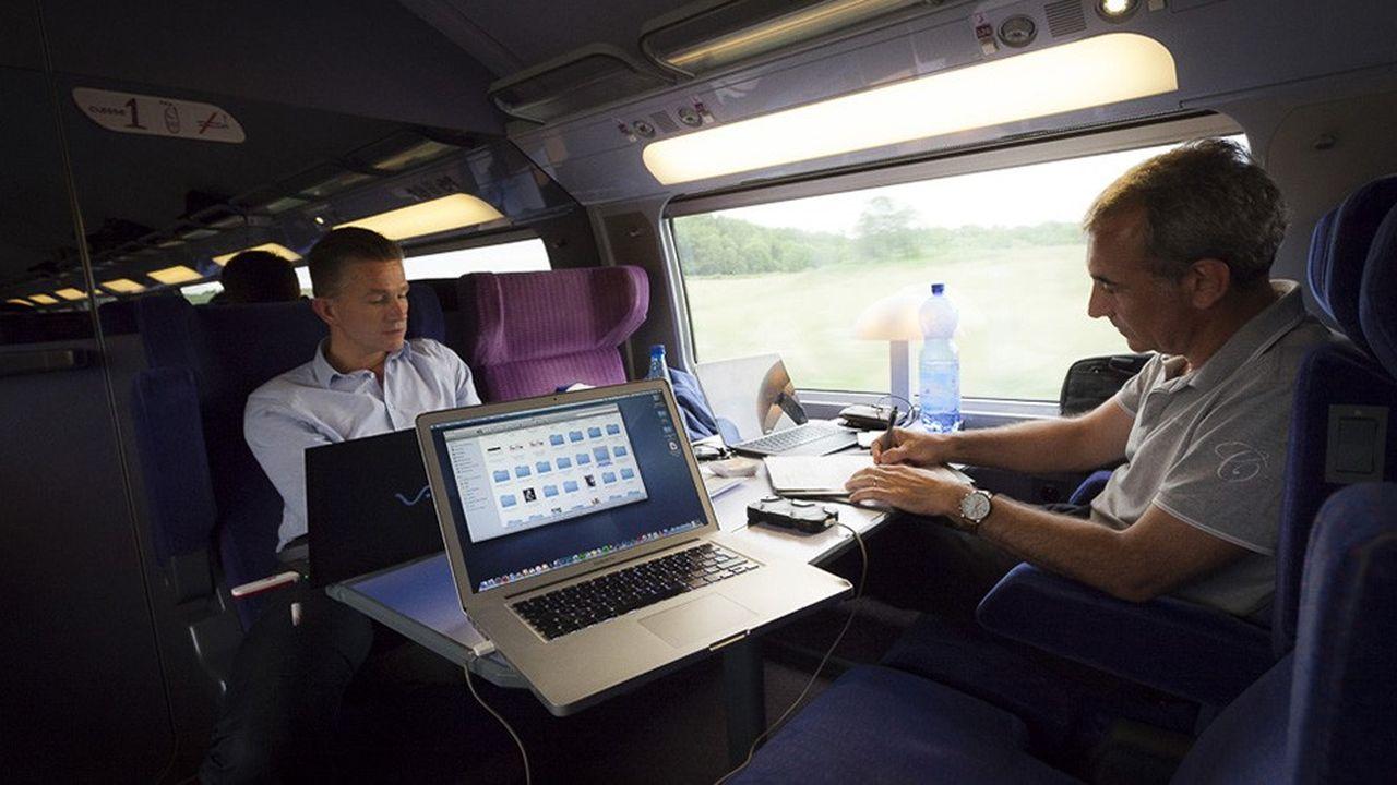 Nombre d'entrepreneurs mettent à profit leurs temps de déplacement, notamment en train, pour travailler.