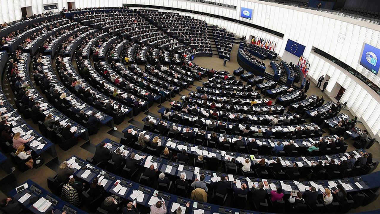 2204506_le-parlement-europeen-adopte-le-droit-voisin-pour-la-presse-face-aux-gafa-web-tete-0302243857409.jpg