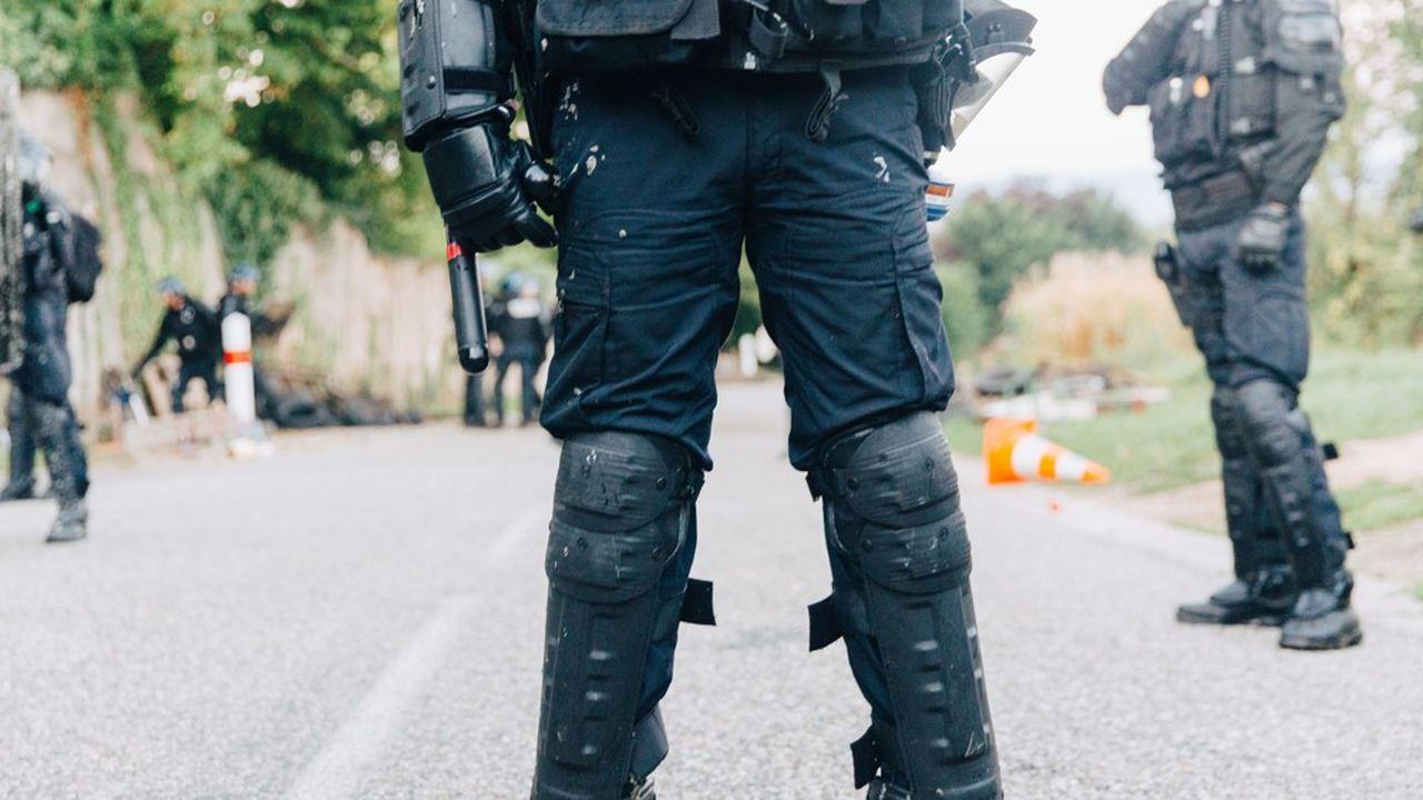 Plus de 500 gendarmes mobiles ont procédé à l'évacuation de la ZAD du Moulin à Kolbsheim, au nord-ouest de Strasbourg la semaine dernière.