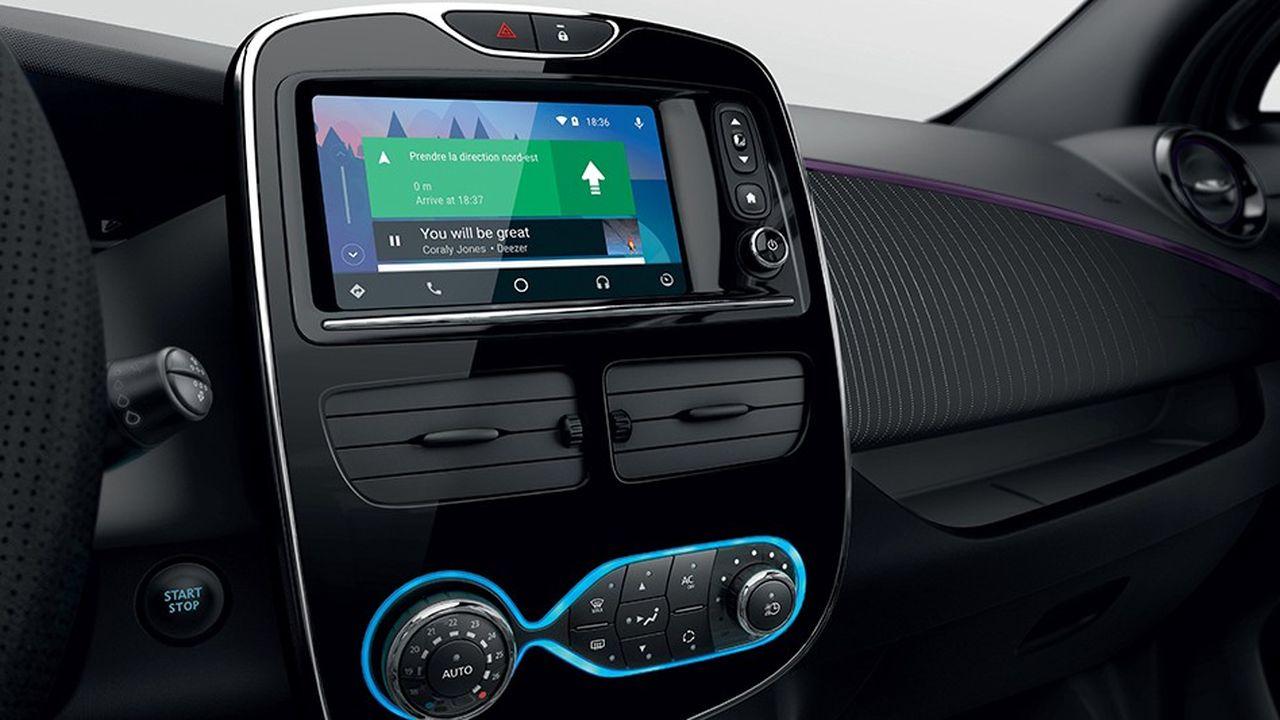 Android Auto est aujourd'hui compatible avec plus de 400 modèles de 59 constructeurs (dont, ici, la Renault ZOE).