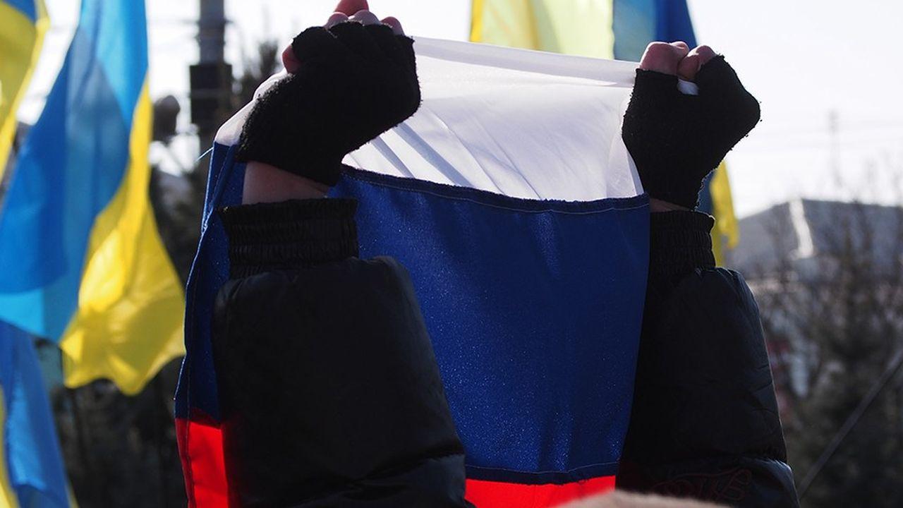 2206885_ukraine-russie-le-proces-qui-peut-secouer-le-monde-de-la-dette-web-tete-0302283704159.jpg